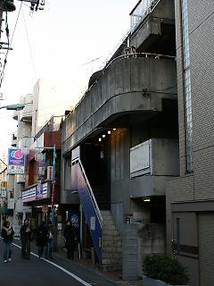 2008010611