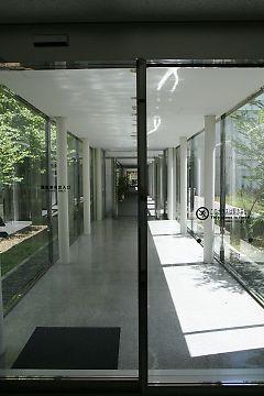 2008083012